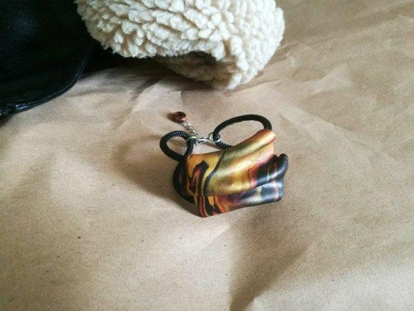 Elegantna narukvica Minimal Wave na užetu s neobičnim prošaranim ukrasom
