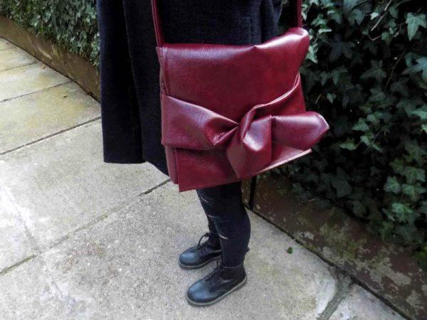 Ženska torba Minimal Knott od eko kože